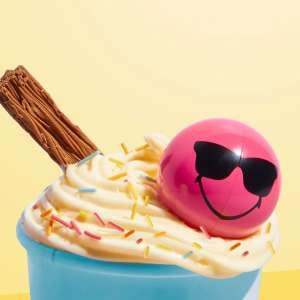 Epic Smiley Hexa Halves on a cupcake