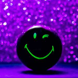 Glow in the Dark Legendary Smiley Halves